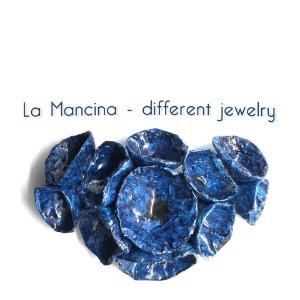 La Mancina - Different Jewelry