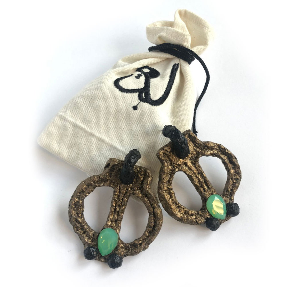Beigum earrings