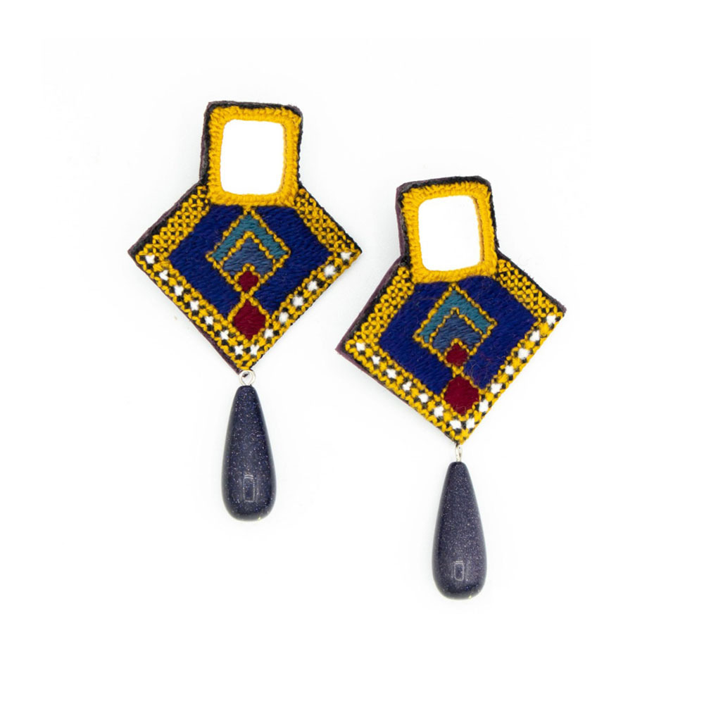 Brown Embroidery Earrings with mirror